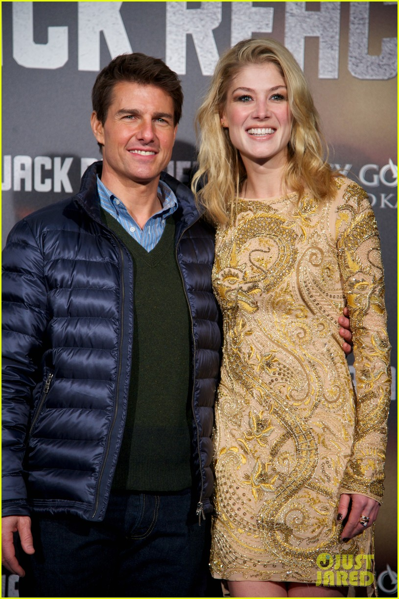 tom cruise rosamund pike jack reacher madrid premiere 18