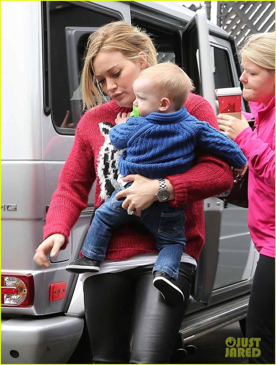 hilary duff babys first class with luca 13