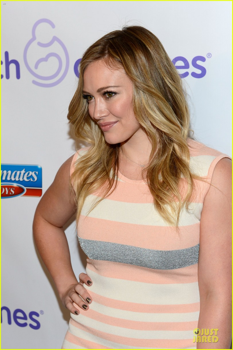 hilary duff mike comrie march of dimes 2012 15