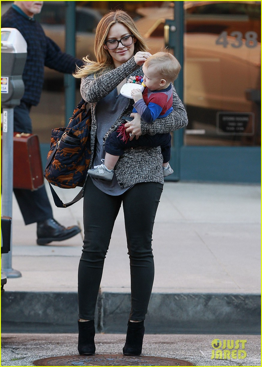 hilary duff doctors appointment with baby luca 05