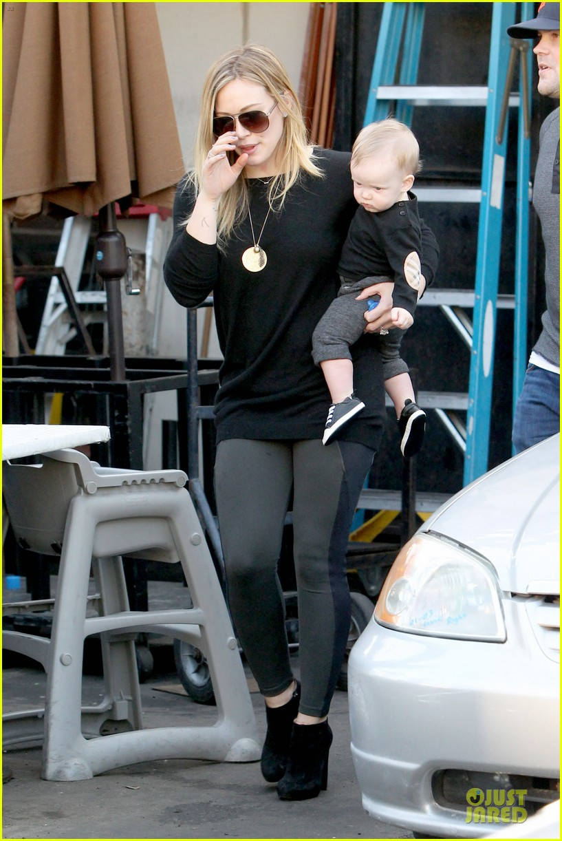 hilary duff matching outfit for lunch 16