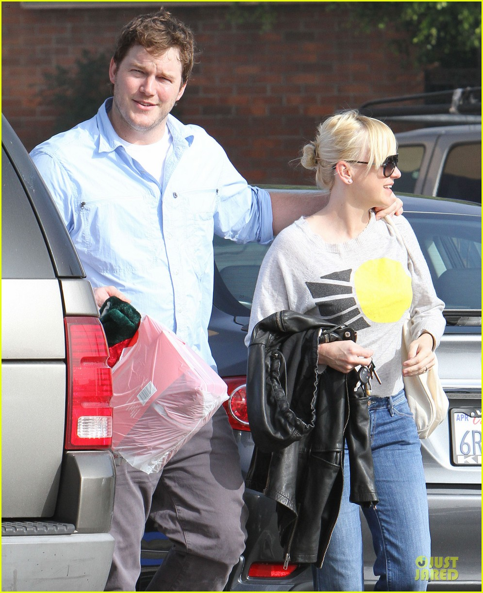 anna faris & chris pratt rite aide shopping couple 122772704