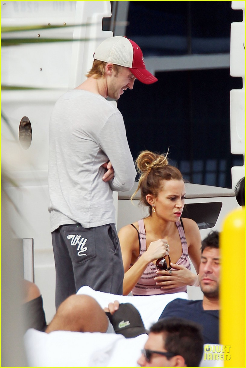 tom felton & jade olivia miami beach lunch 06