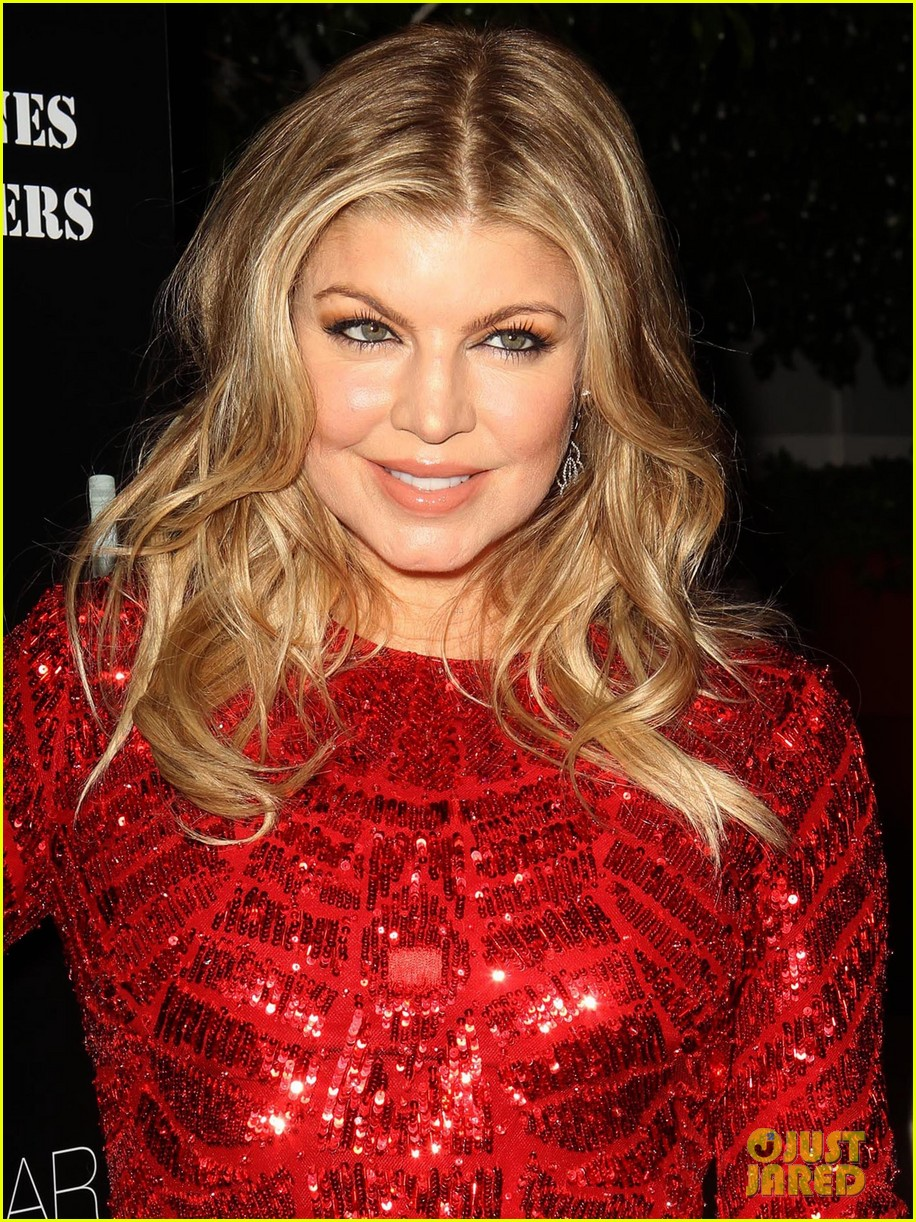 fergie charity holiday party host 04
