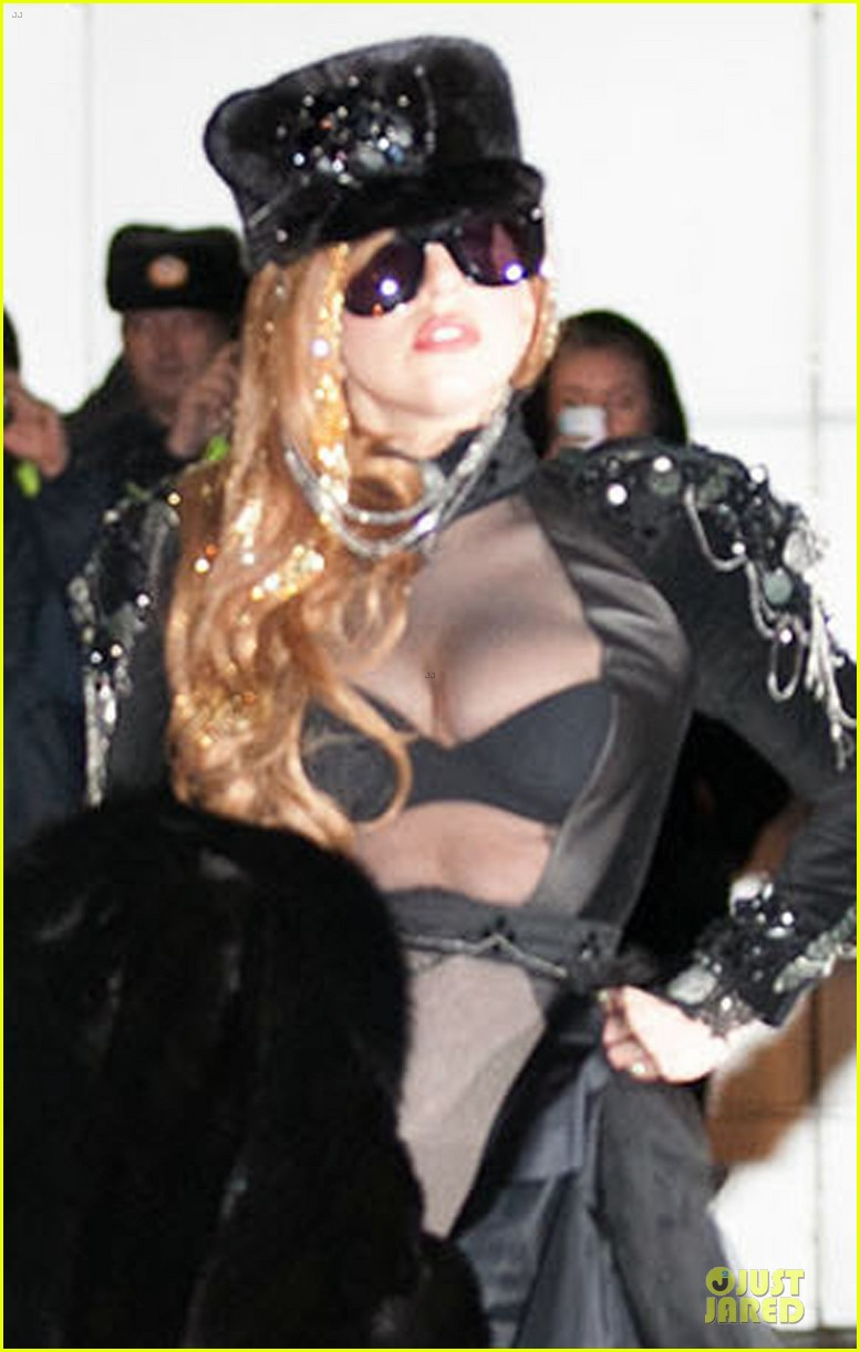 lady gaga sheer bra revealing beauty 02