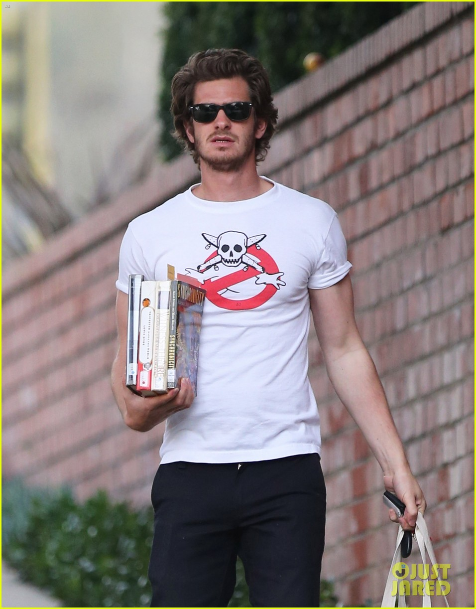 andrew garfield local library stop 02