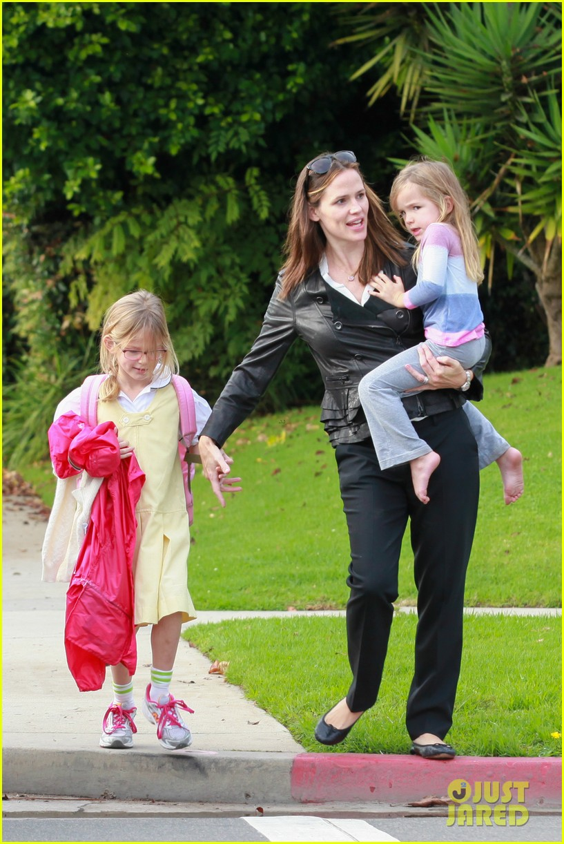 jennifer garner breakfast with bens mom 04