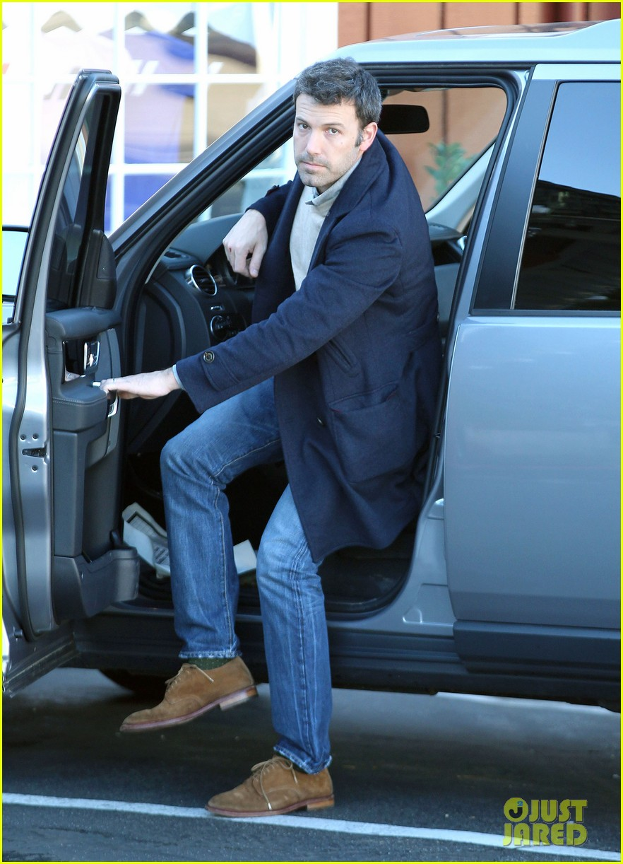 jennifer garner ben affleck separate morning coffee runs 15
