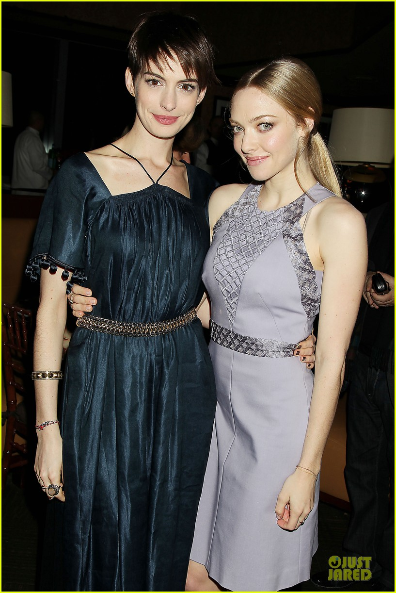 anne hathaway amanda seyfried les miserables new york screening after party 092768239