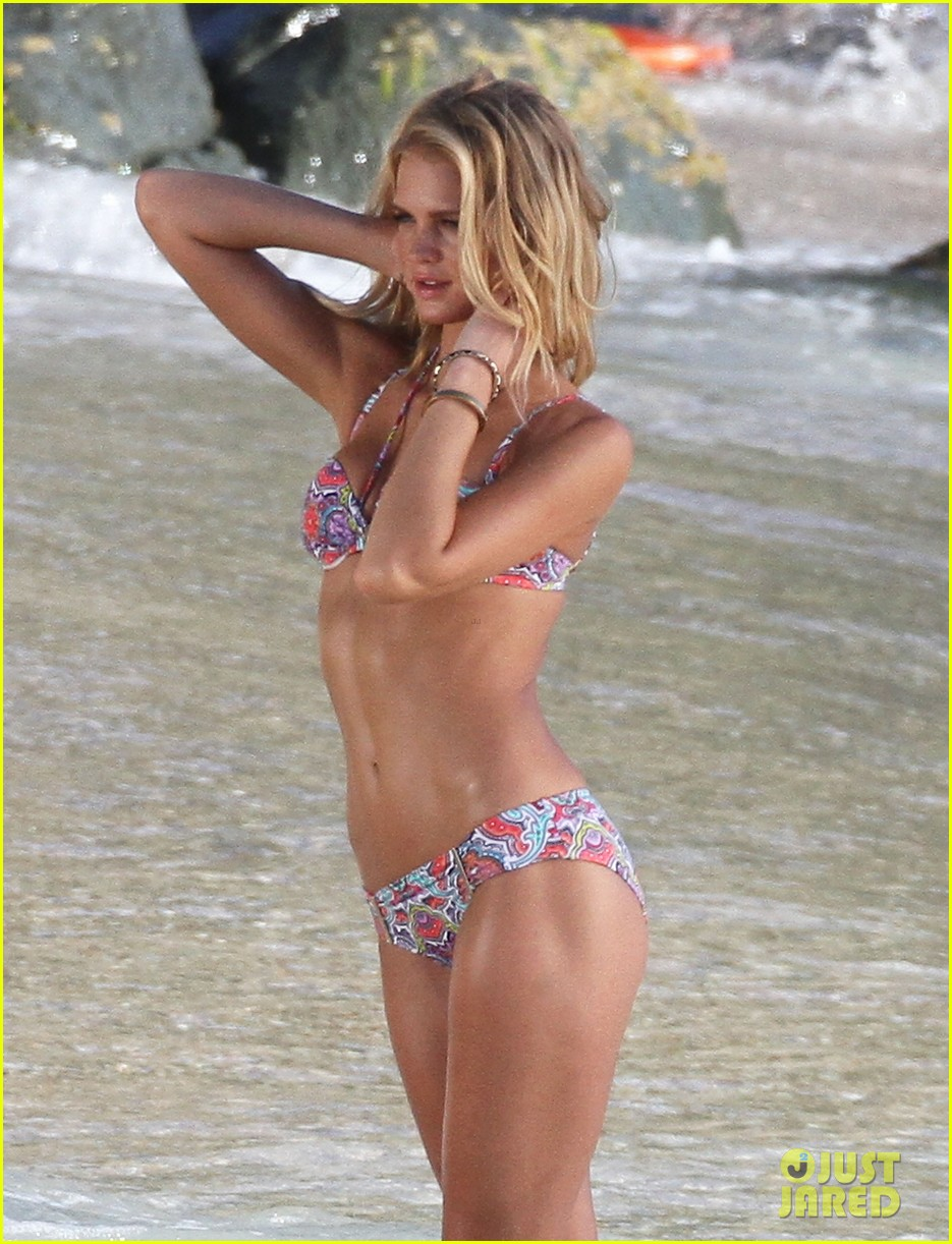 erin heatherton candice swanepoel st barts bikini shoot 02