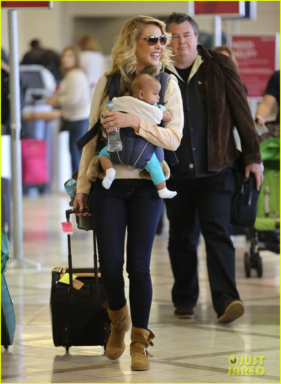 katherine heigl takes off with baby adalaide 16