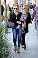 hilary duff & luca lunch with haylie 07