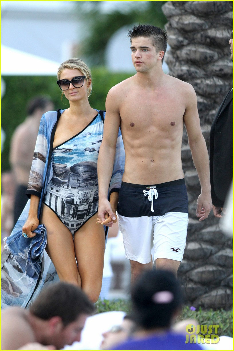 paris hilton shirtless river viiperi miami pool pair 21