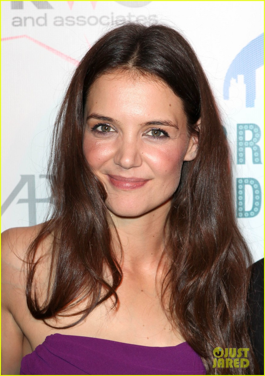 katie holmes broadway dreams foundation gala 23