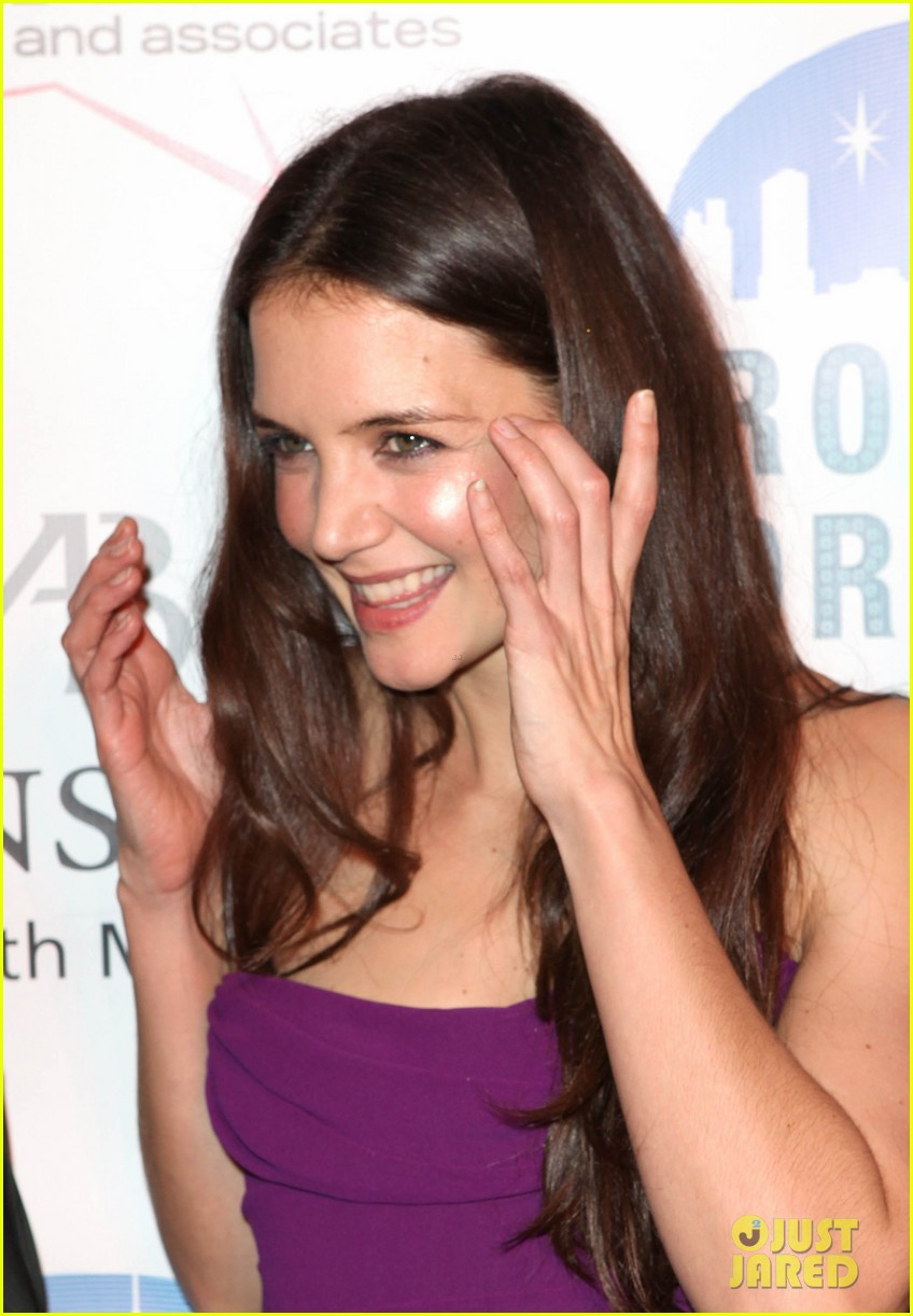 katie holmes broadway dreams foundation gala 25