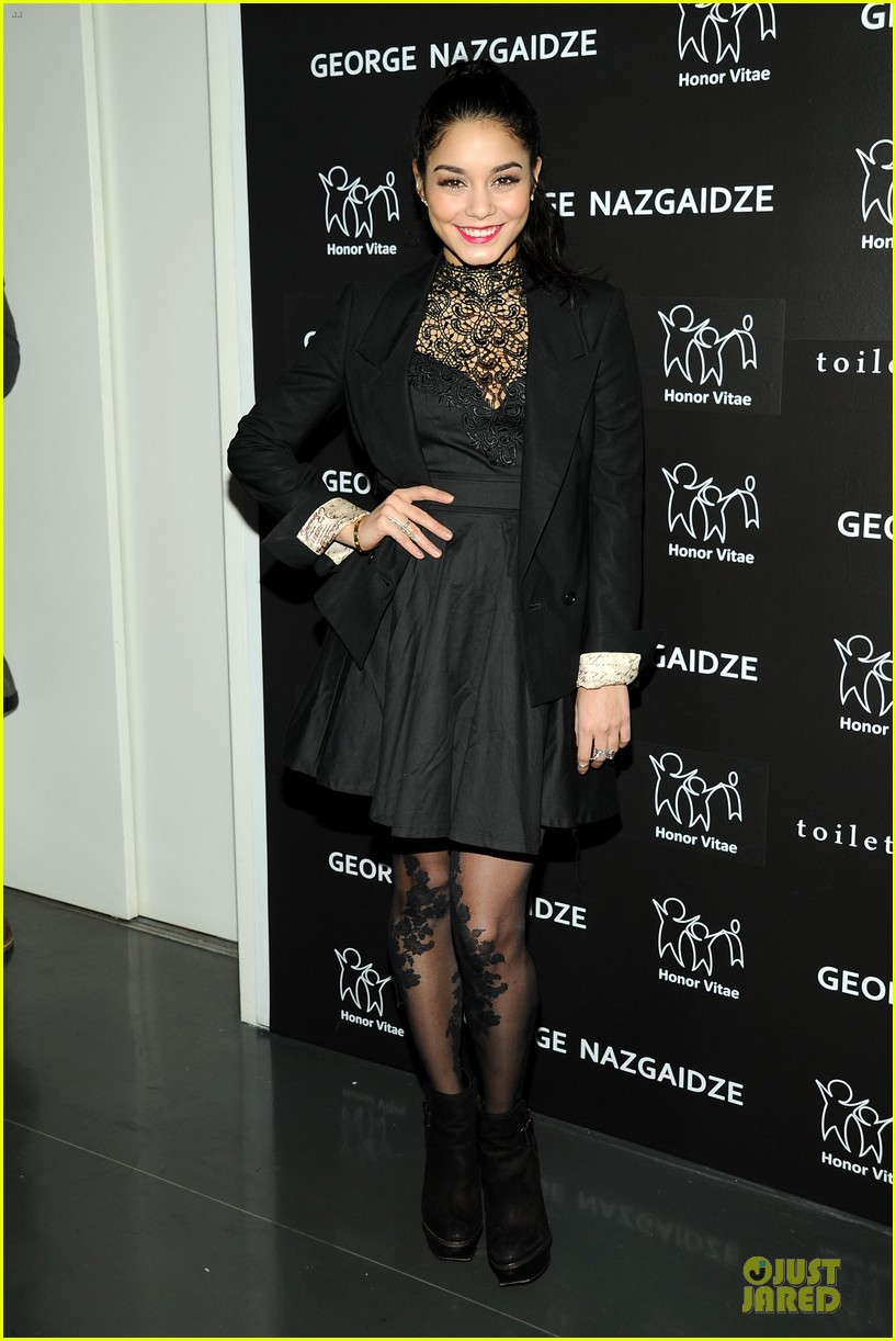 vanessa hudgens charity meets fashion holiday celebration 10