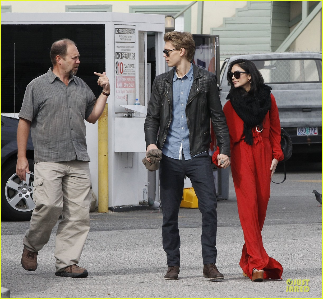 vanessa hudgens & austin butler church going couple 102782617