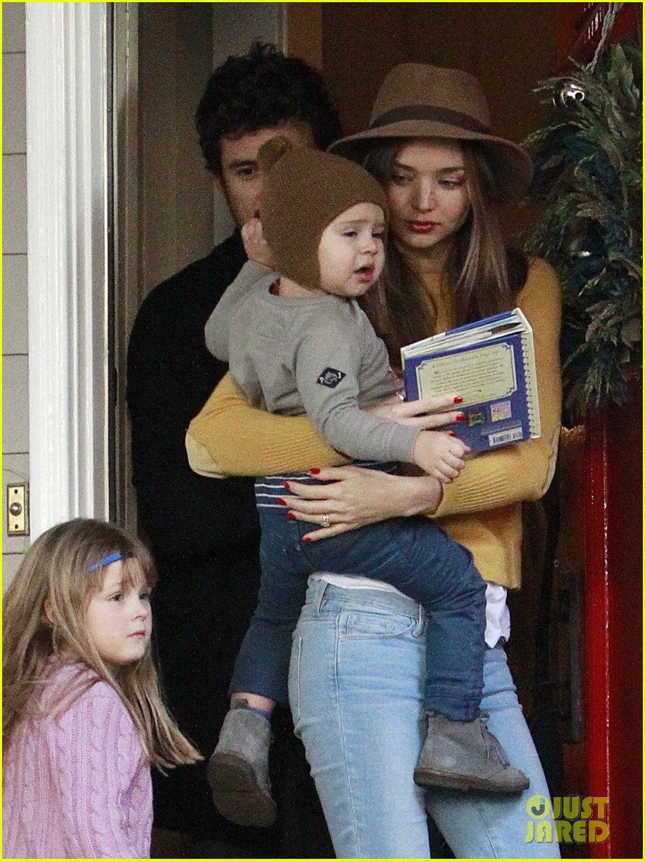 miranda kerr orlando bloom flynn post christmas party 10