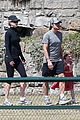 nicole kidman & keith urban australian park stroll with the girls 05