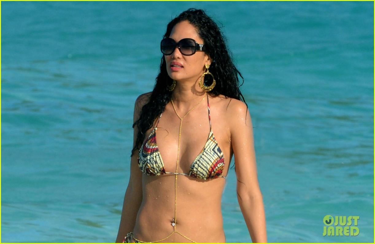 kimora lee simmons st barts bikini babe 022781276