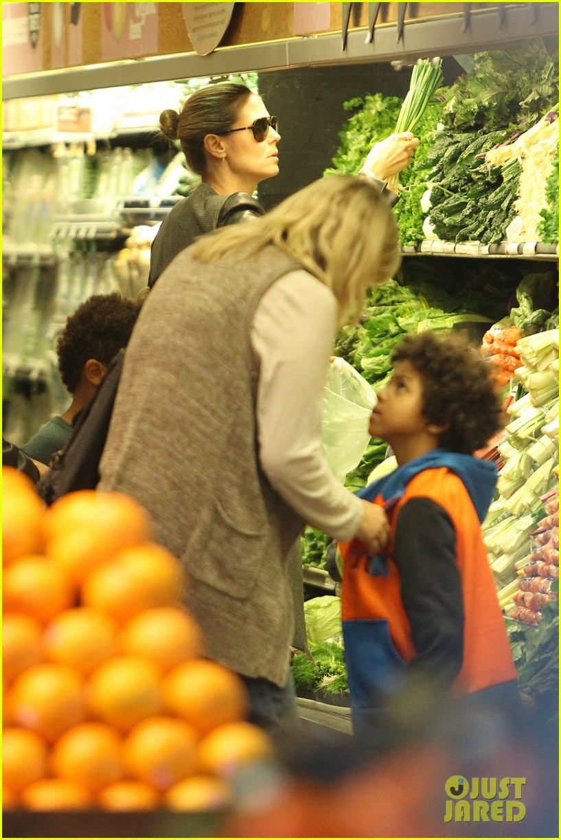 heidi klum martin kirsten lunch groceries with the kids 26