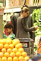heidi klum martin kirsten lunch groceries with the kids 03