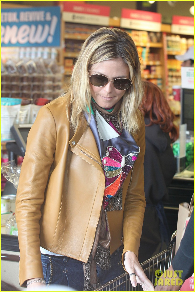 heidi klum martin kirsten grocery shopping with girls 08