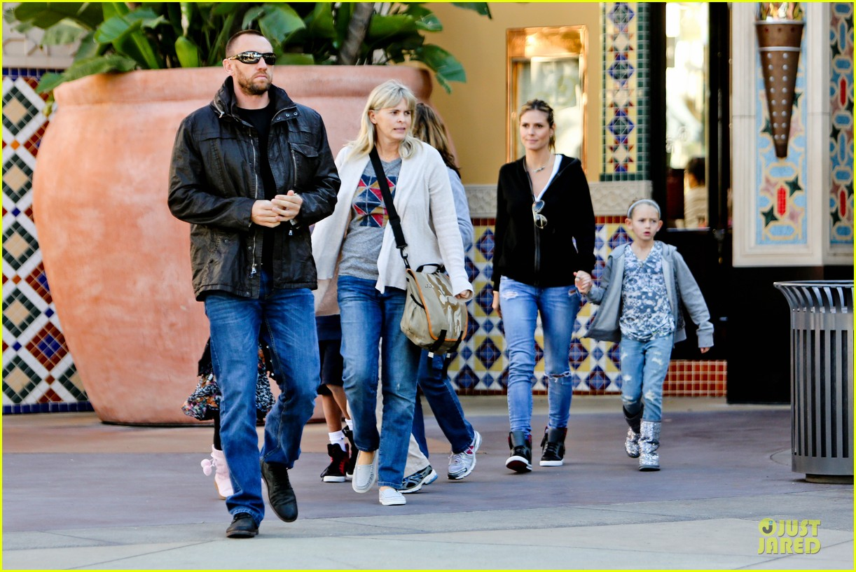 heidi klum martin kristen pretend city childrens museum with the kids 142781918