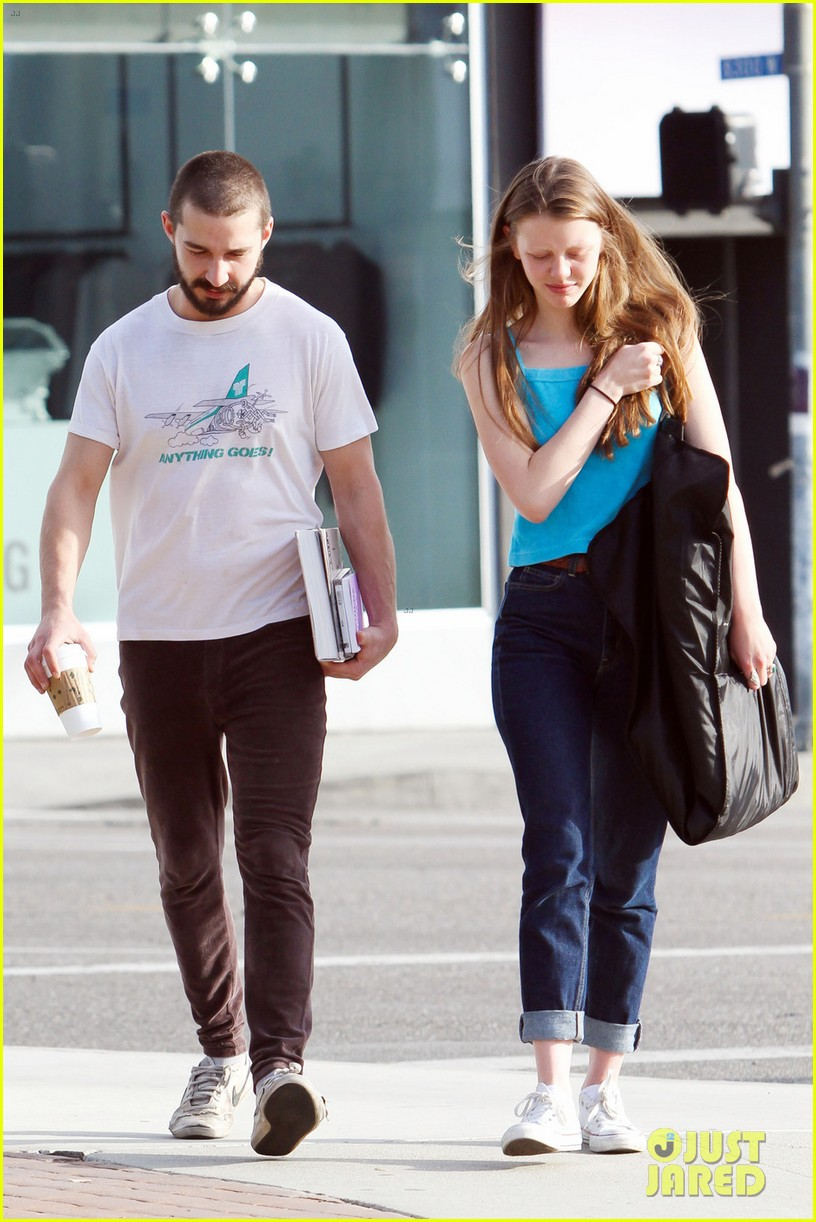 shia labeouf takes mia goth shopping 05