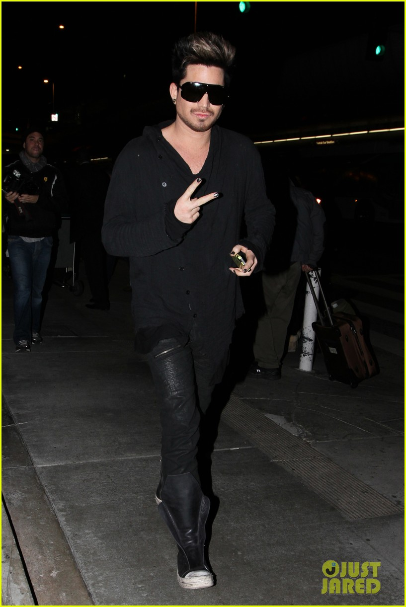 adam lambert so excited for vh1 divas 04