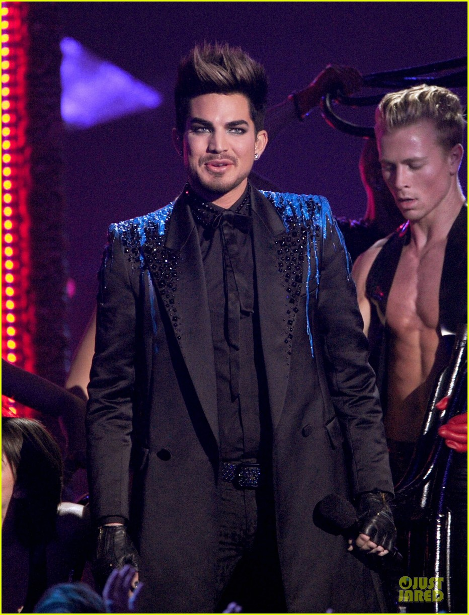 adam lambert vh1 divas performances watch now 18