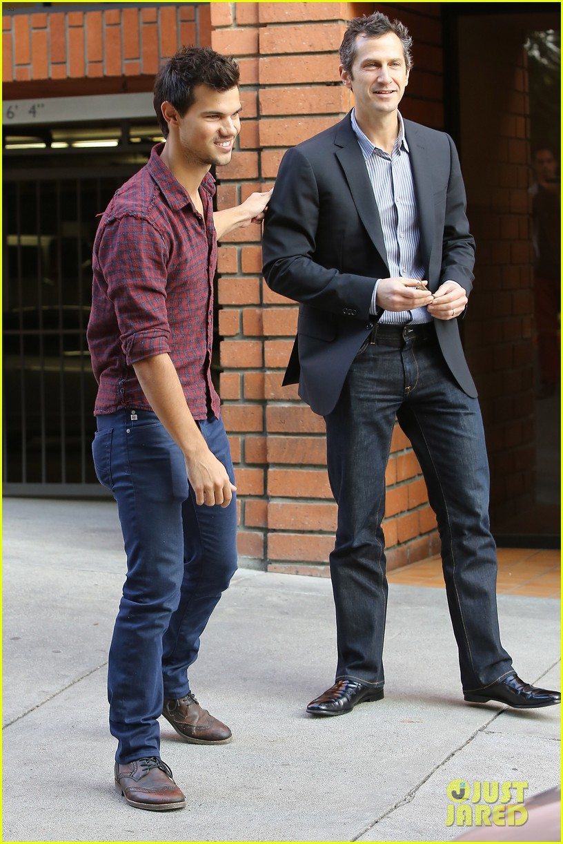taylor lautner business in brentwood 202770993