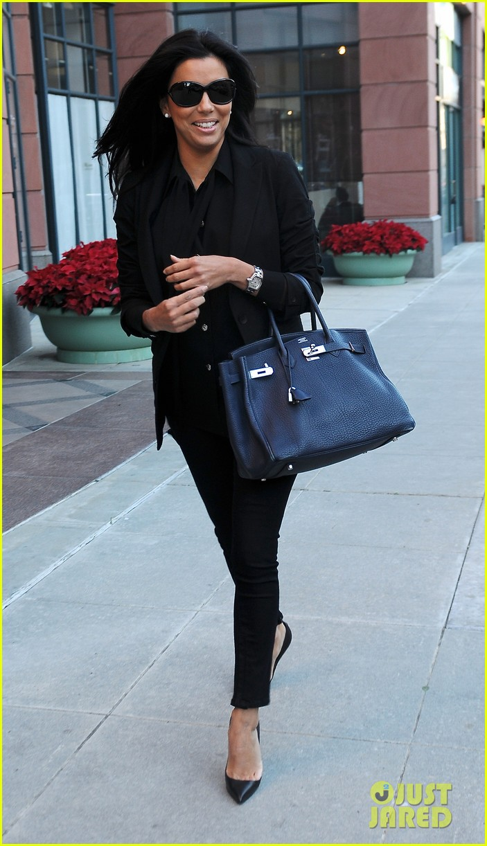 eva longoria anastasia salon beauty day 04