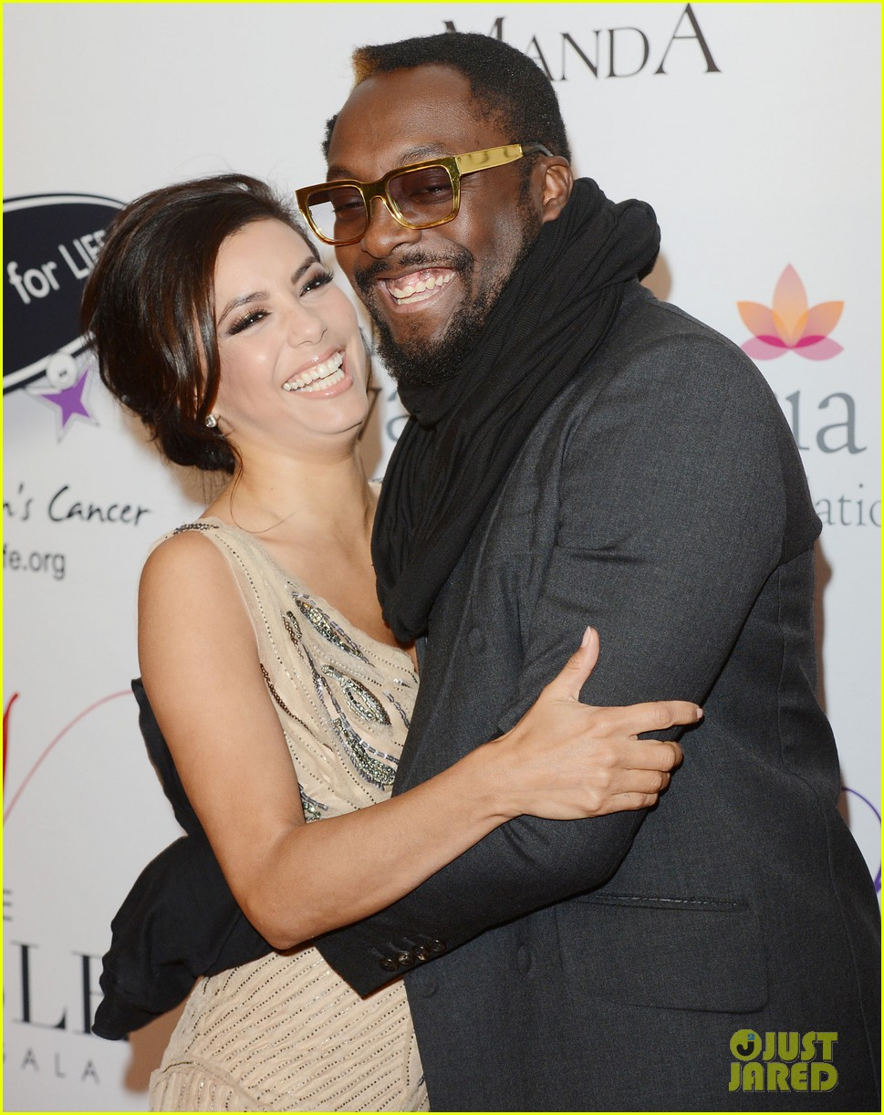 eva longoria noble gift gala with will i am 04