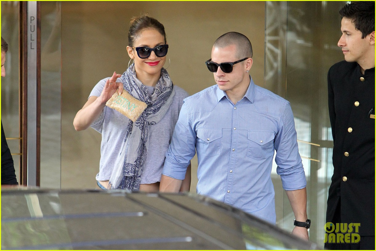 jennifer lopez casper smart australia lovers 042770312