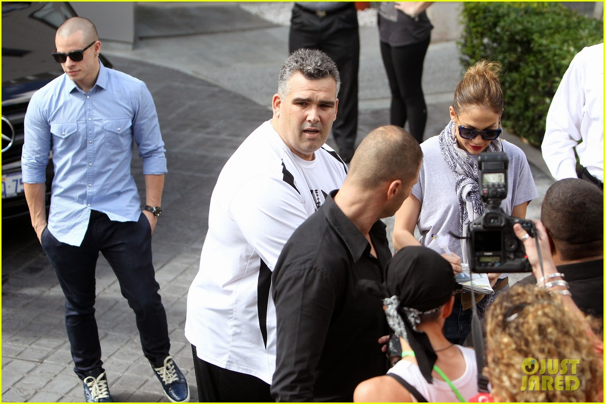 jennifer lopez casper smart australia lovers 13