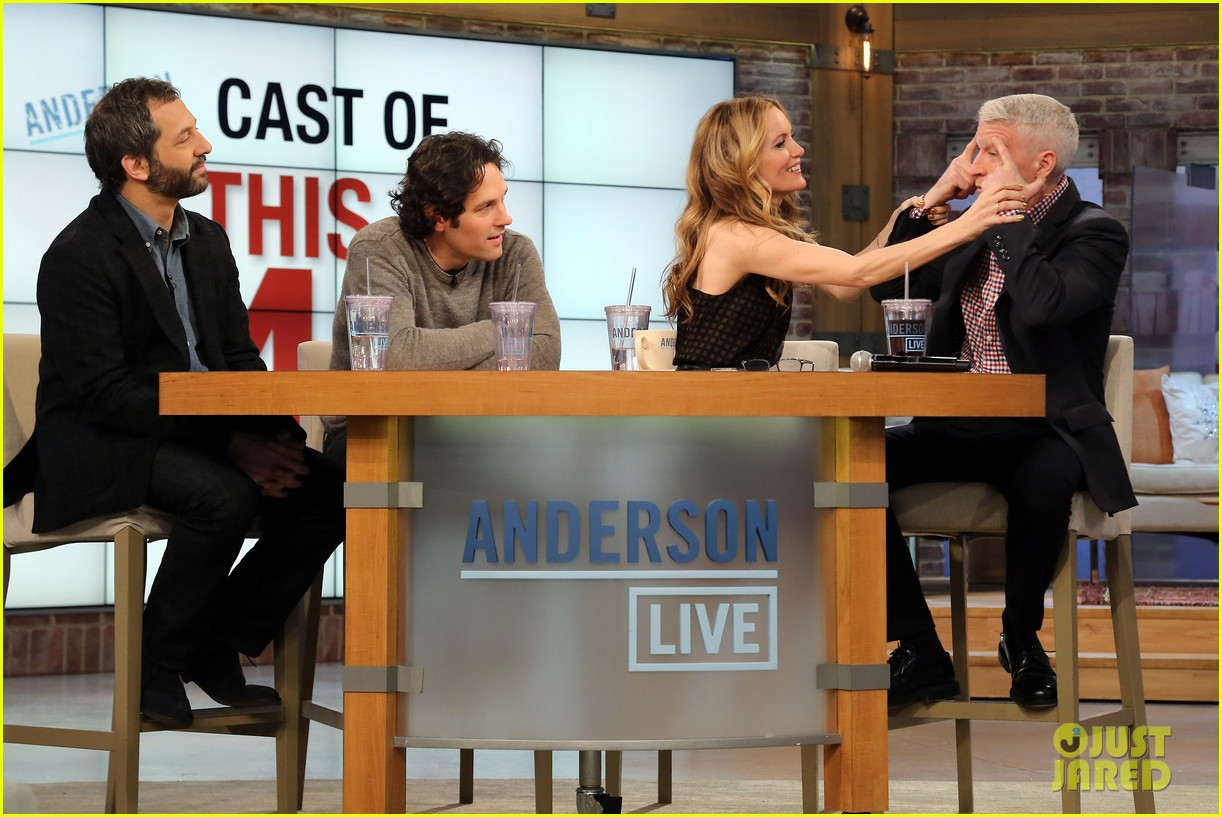 leslie mann paul rudd this is 40 crew visits anderson live 02