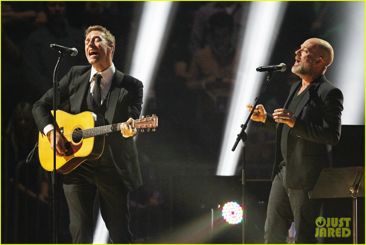chris martin 12 12 12 concert for sandy relief 13