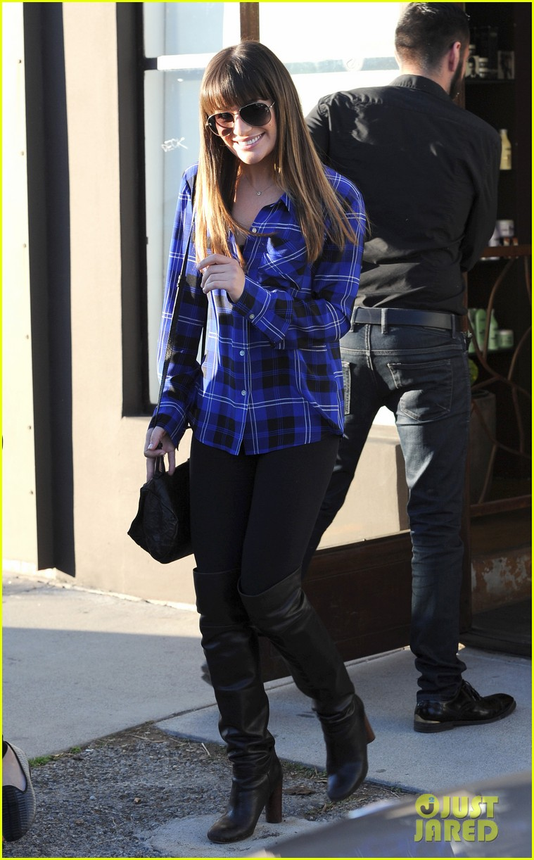 lea michele hair salon with mom edith 08