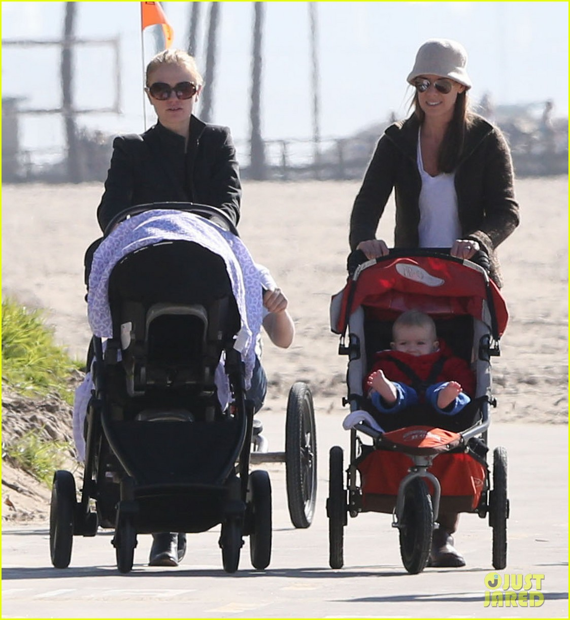 anna paquin venice boardwalk stroll with the twins 112779959