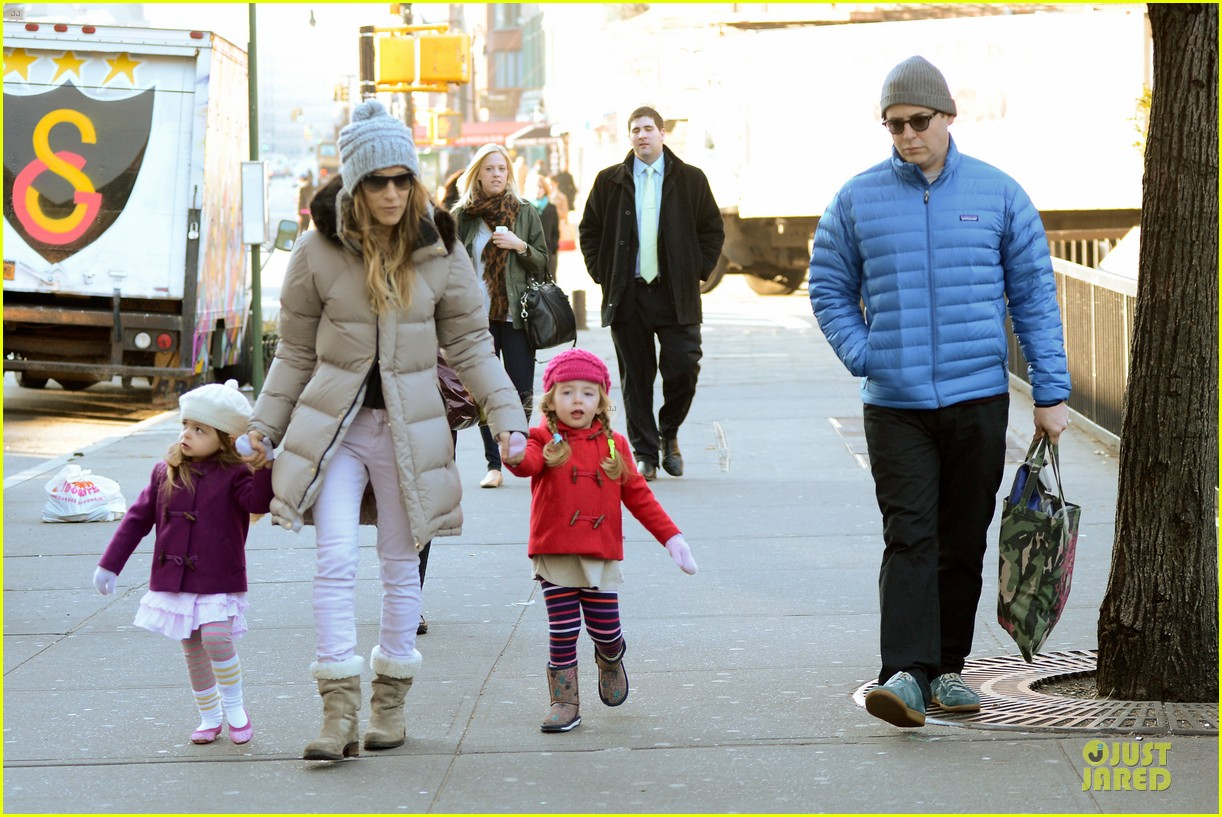 sarah jessica parker & matthew broderick school walk with the twins 10