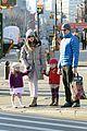 sarah jessica parker & matthew broderick school walk with the twins 03