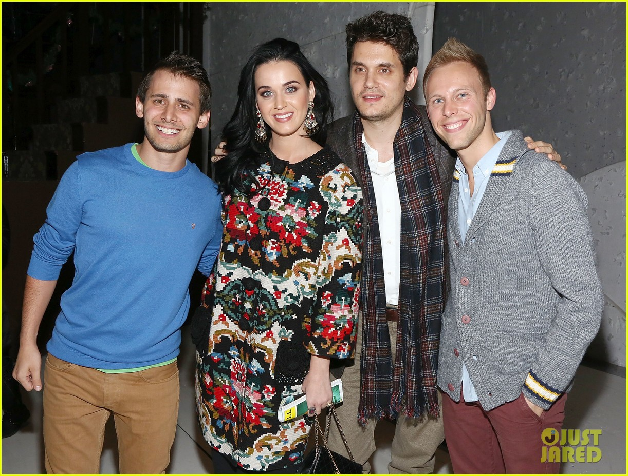 katy perry john mayer christmas story backstage visit 03
