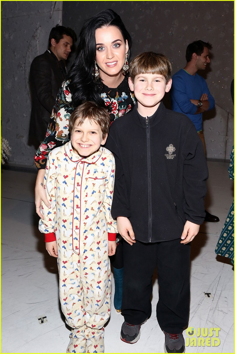katy perry john mayer christmas story backstage visit 042774932