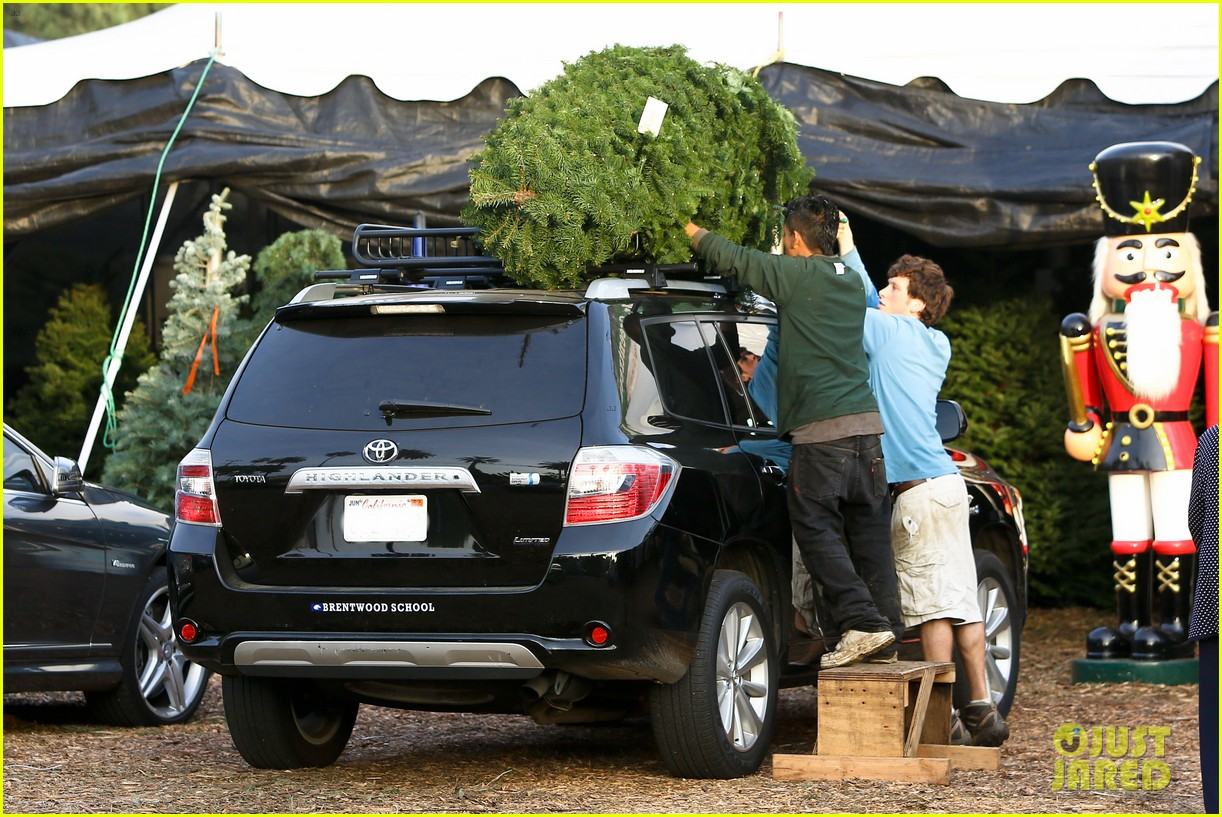 reese witherspoon ryan phillippe tree 08