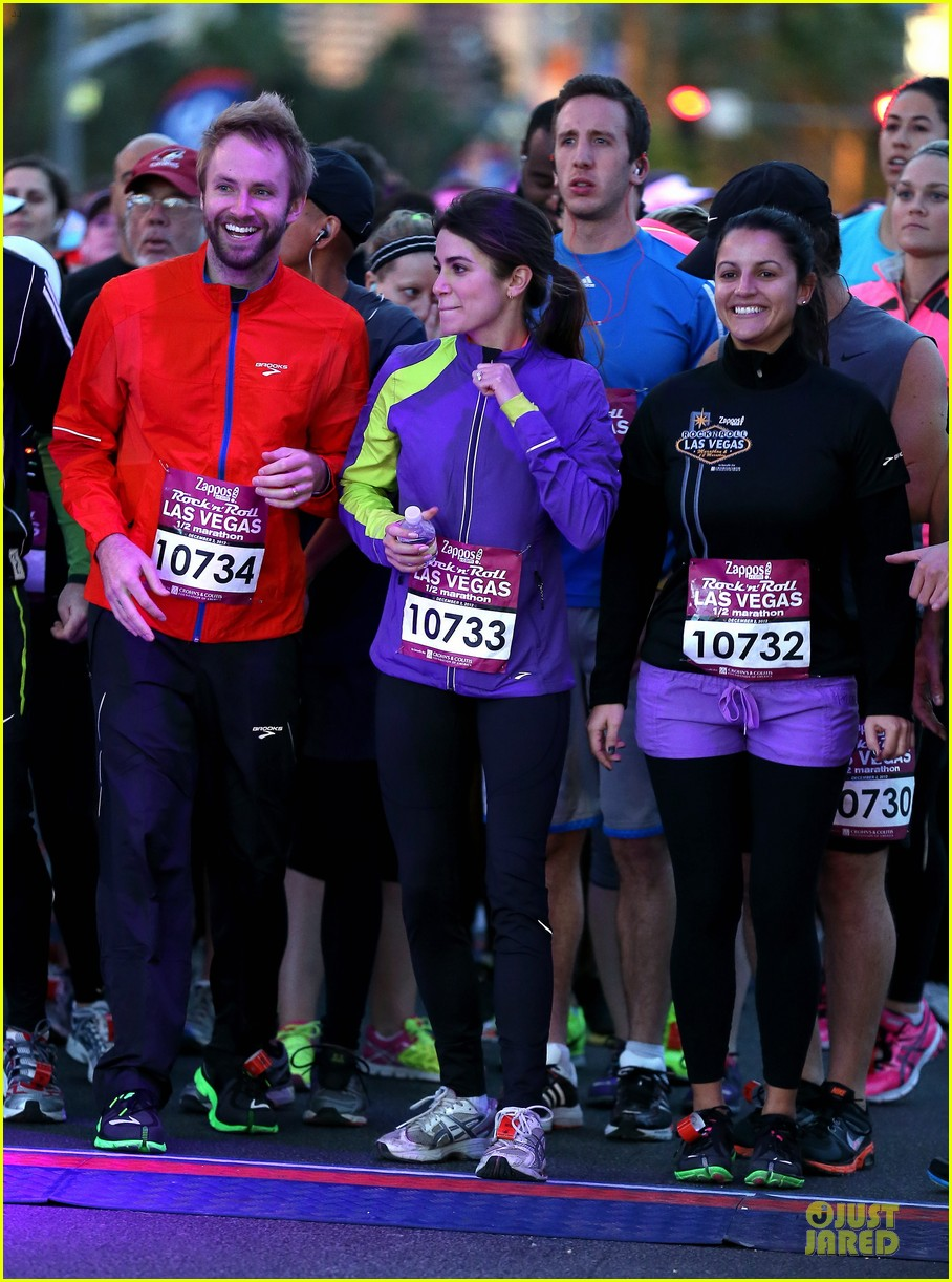 nikki reed & paul mcdonald rock n roll marathon & half marathon 082768381