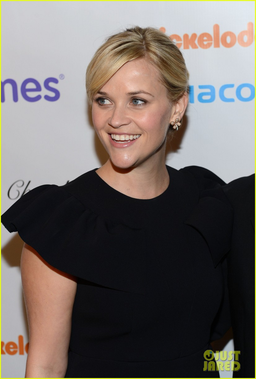 reese witherspoon elizabeth banks march of dimes 2012 14