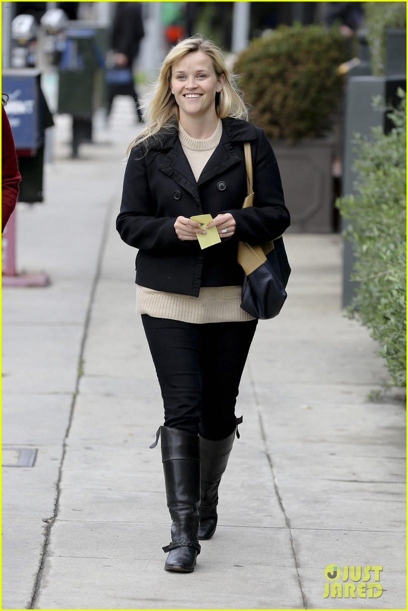 mindy kaling reese witherspoon lunch 062767422