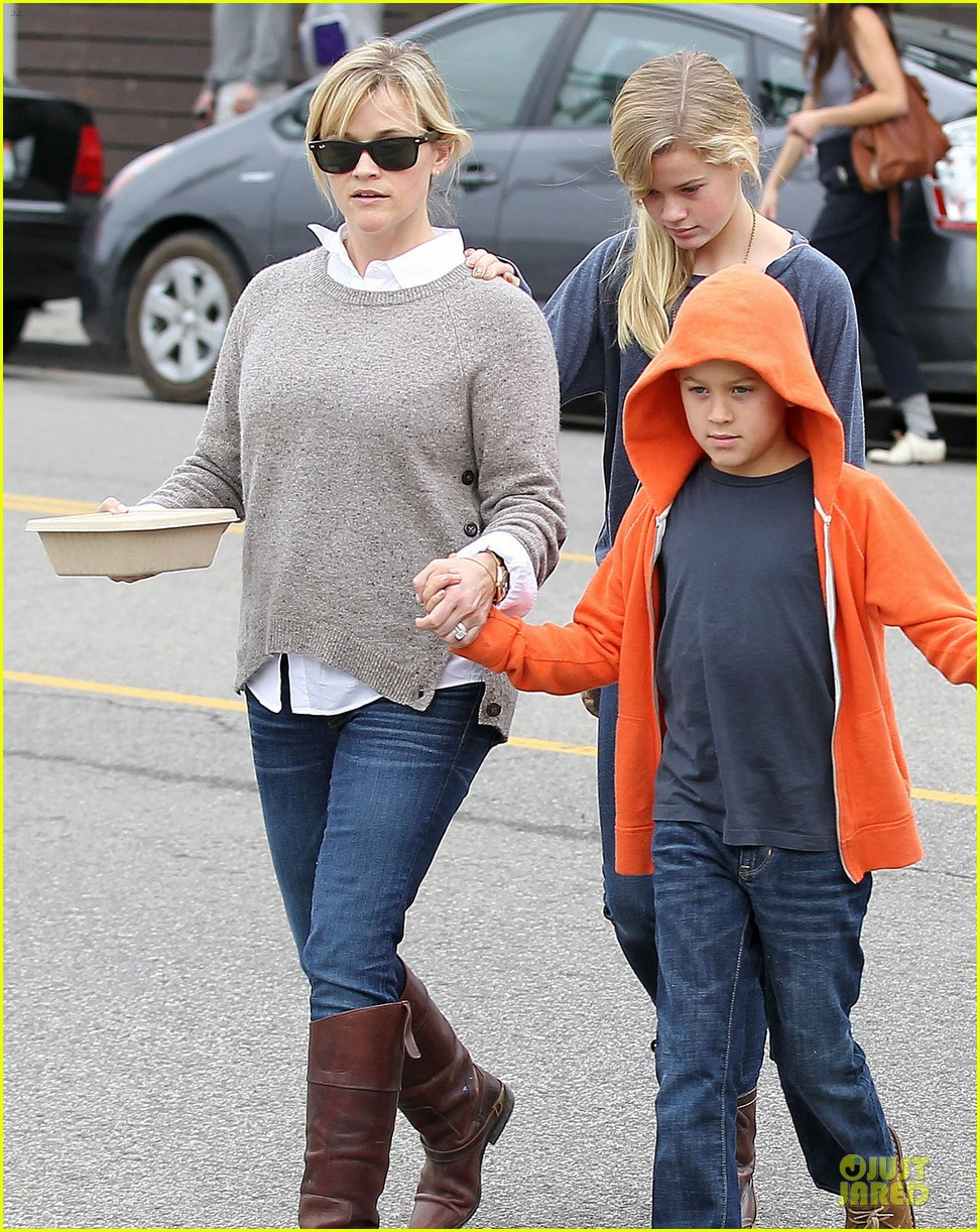 reese witherspoon producer for wild 022768074