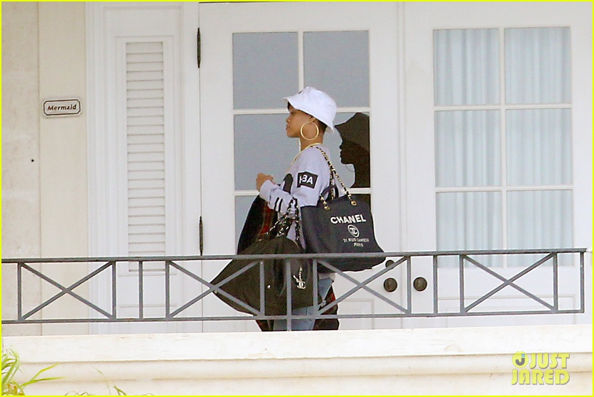 rihanna gran gran dolly memorial at barbados hospital 022780714